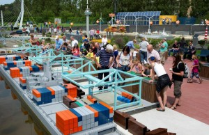 Madurodam: containers laden Rotterdamse haven