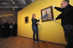Ophangen van Zelfportret als schilder