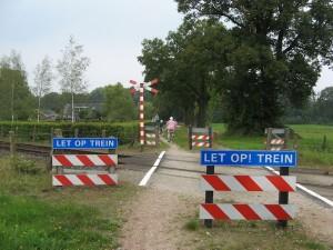 Overweg Huttenweg in Winterswijk - foto Han van der Voet