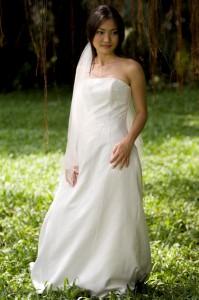 Bruidsfoto in een natuurgebied