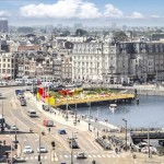 Pop-up strand naast Amsterdam Centraal Station