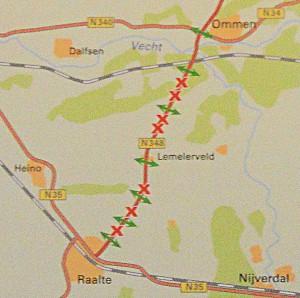 Alle rode kruisjes zijn wandelovergangen die verdwijnen in de oorspronkelijke plannen op de N348 tussen Raalte en Ommen.