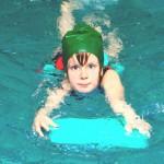 Zwembad van het jaar verkiezing maakt combinatie met marktonderzoek